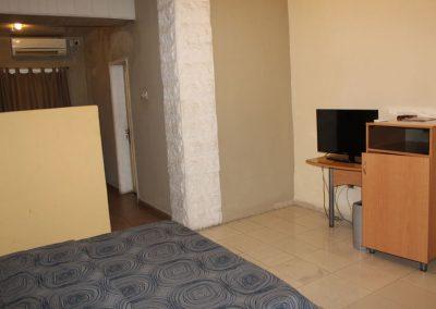 room 1 b