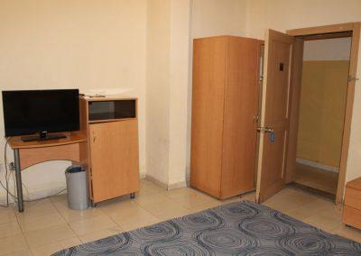 room 1 c