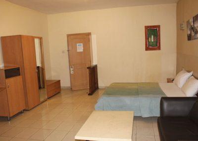 room 2 b